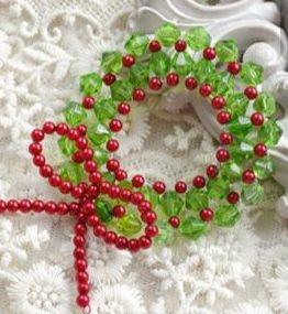 Beaded Wreath Pendant @ A Place to Bead | San Marino | California | United States